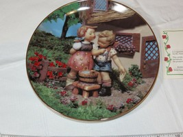 The M J Hummel Plate Collection Little Companions Squeaky Clean plate #S... - $21.36