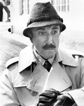 Peter Sellers 16X20 Canvas Giclee Classic As Clouseau The Return Of The Pink Pan - $69.99
