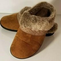 Isotoner Women's Smartzone Gel Comfort Slippers (7.5-8 Brown) Faux Fur - $16.82