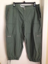 Liz Claiborne Green Capri Tie Bottom Cropped Pants XL - $9.75