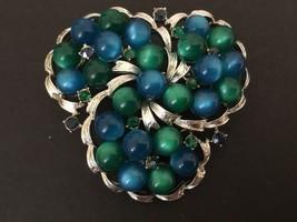 Coro Vintage Dk Blue Green Cabochon Blue Rhinestone Swirl Brooch - $17.77