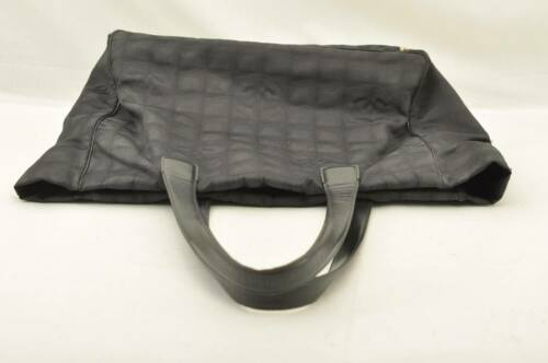 CHANEL New Travel Line Tote Bag Black CC Auth 10653 **TEAR image 6