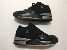 Boys Youth Size 6.5 Black AIR JORDAN CLASSIC ATHLETIC SHOES IN EUC (3178... - $30.40