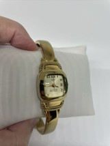 Vintage Paolo Gucci goldtone ladies watch see desc - $98.99