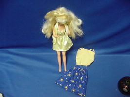 Vintage 1980's Barbie Doll Mattel with 2 outfits - $47.02