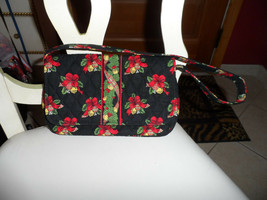Vera Bradley Jilly bag in retired Hens and Holly Christmas pattern  - $36.00