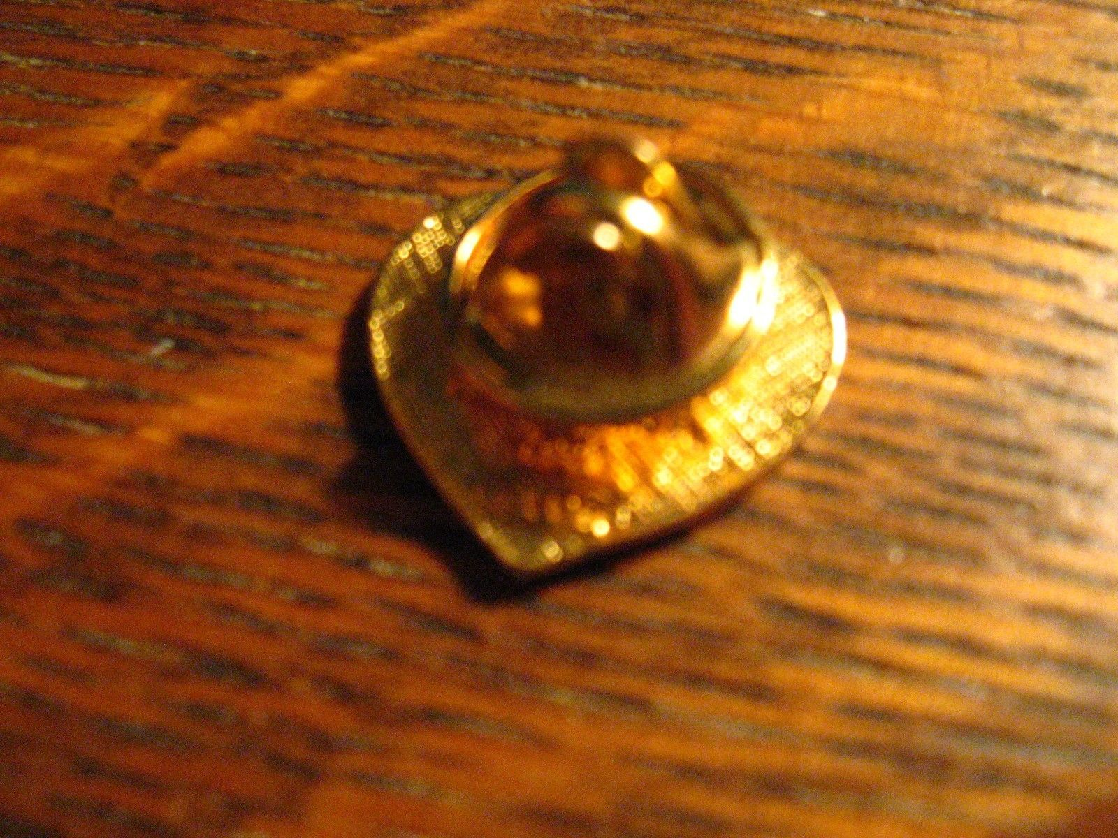 Avon Heart America Flag Lapel Pin - Vintage 2001 USA Valentine's Day Gold Brooch