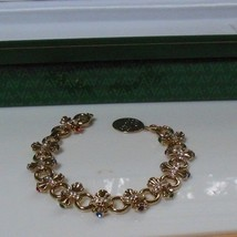 Avon President's Club Tribute Rose Circle Brilliant Treasures Bracelet 2004 - $34.65