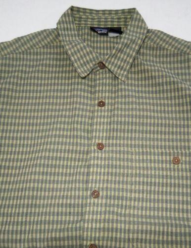 Patagonia Men's Green L short-sleeve button-down plaid Breast Pocket shirt image 4