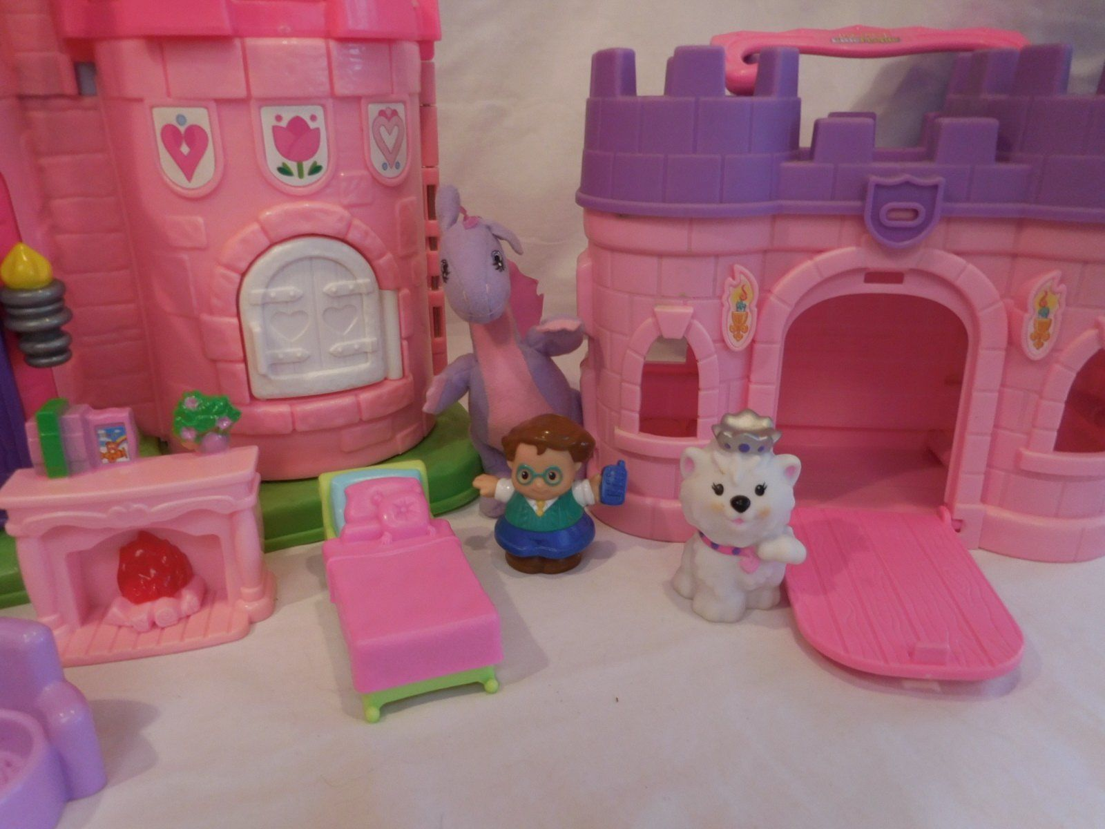Fisher Price Little People Pink Castle + Play 'N Go Castle + Princess Carriage image 4