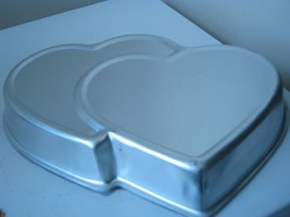 Wilton Double Hearts Cake Pan (502-1522) - $12.65