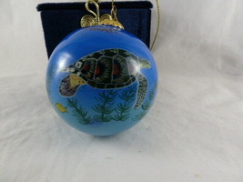 "Le Bien inside painted 3.25"" Turtle ornament in velvet box from Maui Haw... - $28.70"