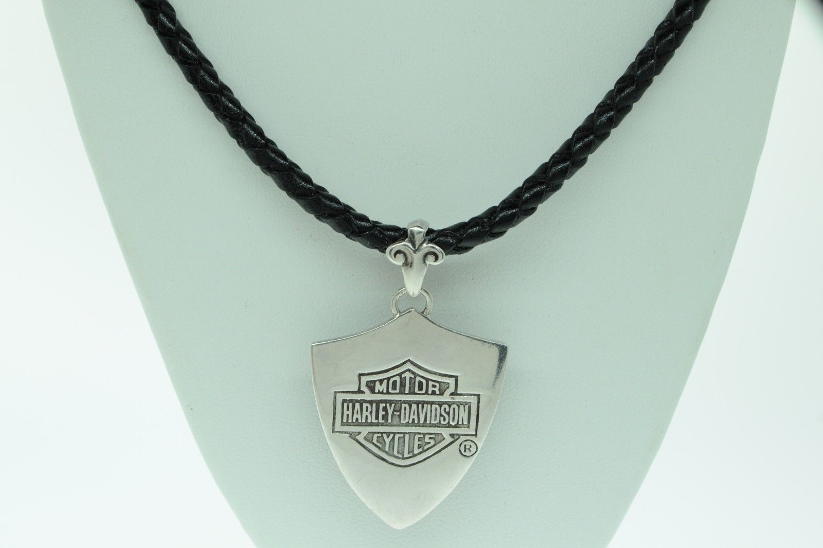 "Harley Davidson Sterling Silver Eagle Flames Shield Pendant w/ 22"" Leather Chord"