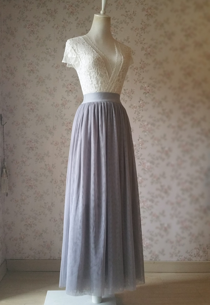Light gray tulle skirt 2