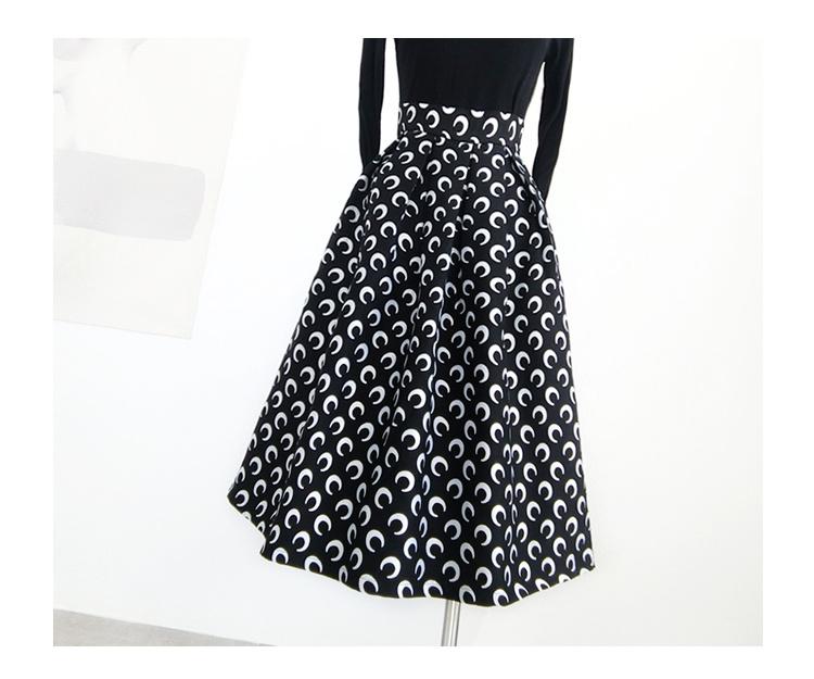 Pleatedlongskirt black 4
