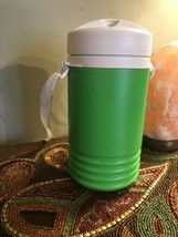 Igloo Legend Beverage Cooler Water 1 Quart  Strap Spout   green color - £7.85 GBP