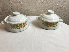 Capri Bake Serve Store set of 2 casserole/bowls with lids Made in Japan EUC - $9.46