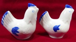 Salt Pepper Shakers Chicken Blue & White Figural China Porcelain 6.5 cm ... - $12.10