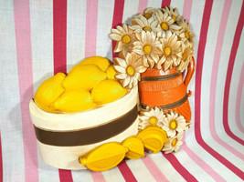 Kitschy Syroco MoD 80's Daisy & Lemon in Orange and Yellow Plastic 3D Wa... - $12.00