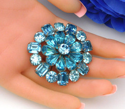 Blue Vintage Tiered Juliana D&E Brooch With Tear Drops & Emerald Cut Stones - $74.95