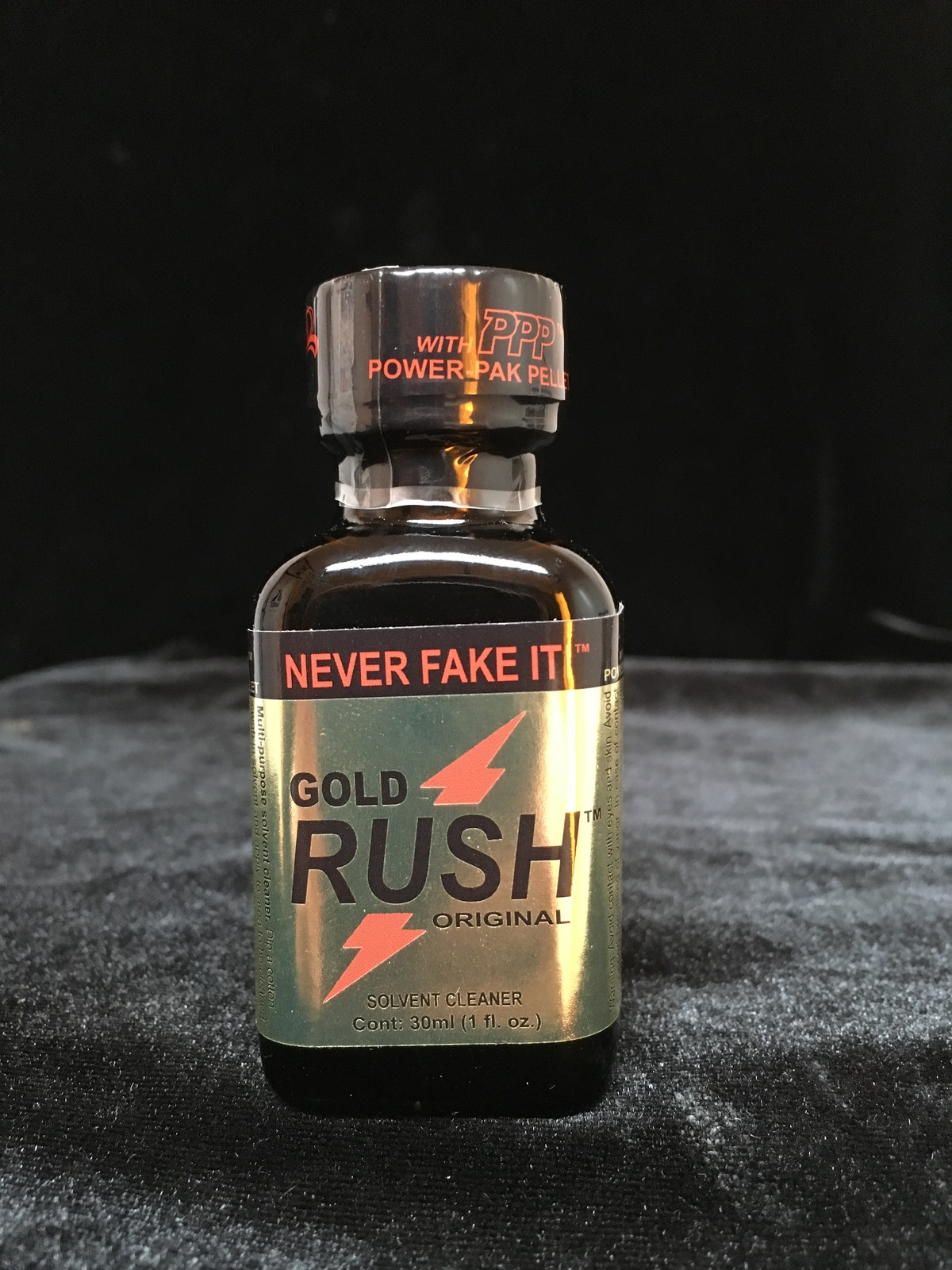 GOLD RUSH PWD 30-ML BIG BOTTLE EDITION DVD AND DV HEAD CLEANING SOLVENT