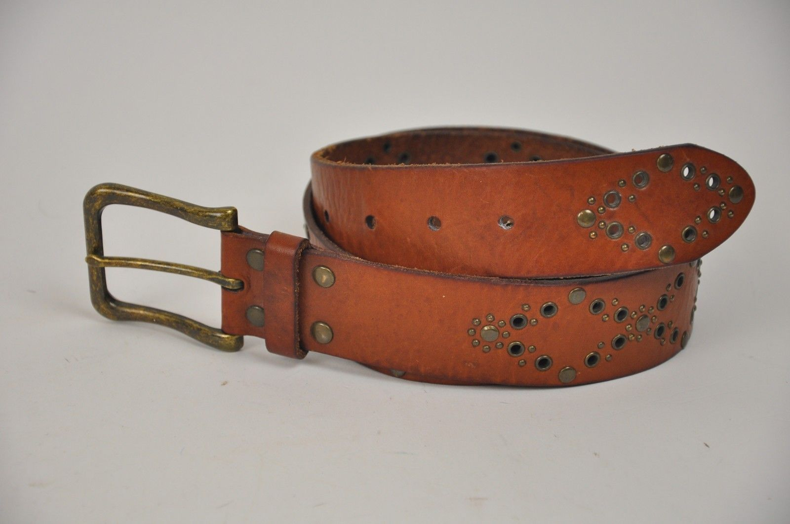 "Women's FOSSIL Brown Leather Belt Brass Rivets Diamonds Size Medium 33""-37"""