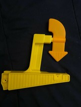 Fisher Price Take Turns Skyway 1 Replacement Arrow Piece *NEW* cc1 - $6.99