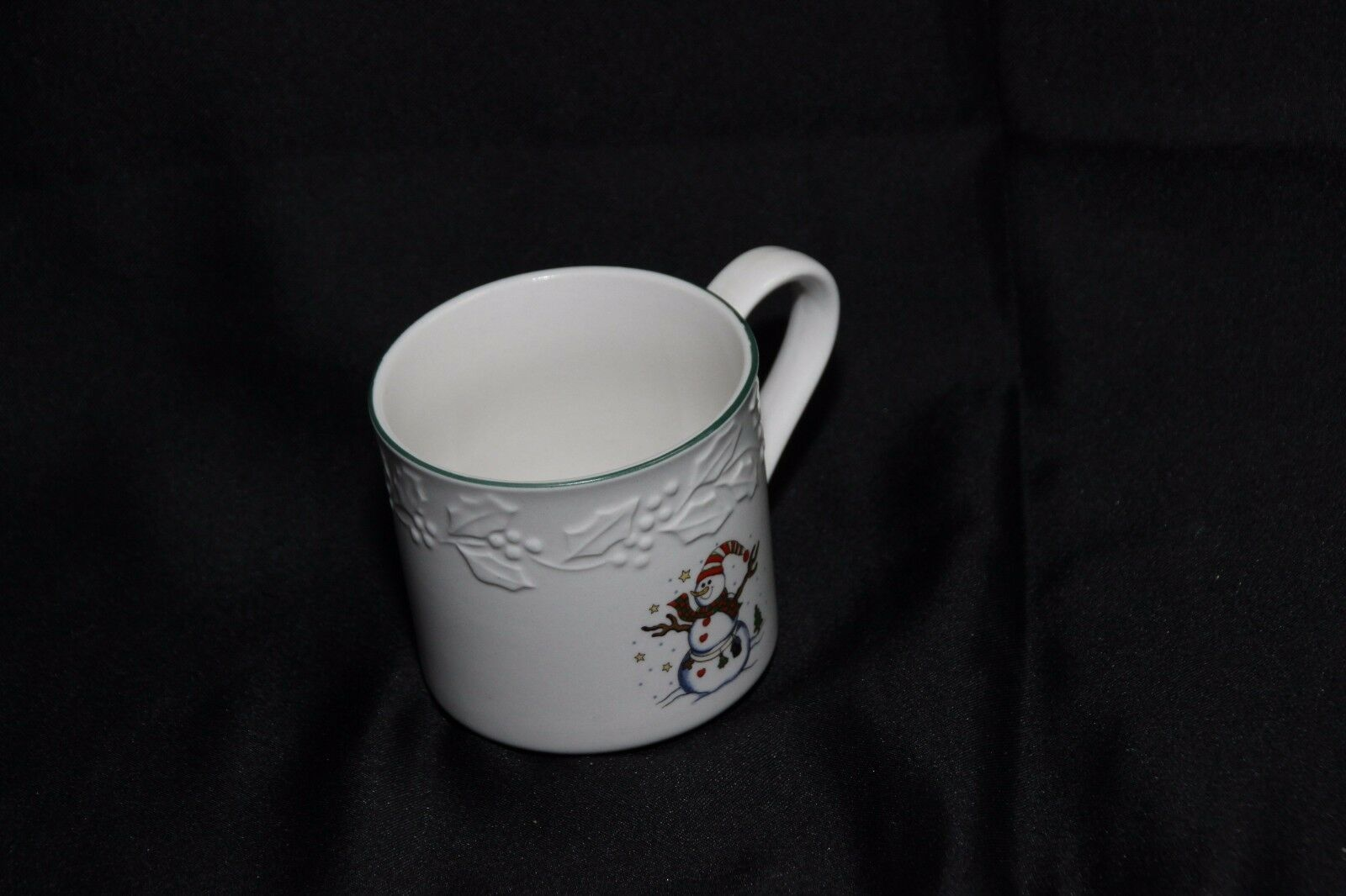 GEI Snowman Xmas 4 Cups 2 Saucers image 5