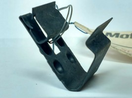 ONE (1) N803748-S100 FORD Special Type 85 Metric Clip - $8.86
