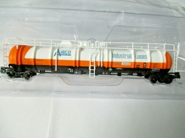 Broadway Limited # 3828 AirCo Cryogenic Tank Car # ULTX 80011 N-Scale image 1