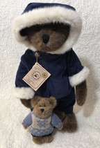 Boyds Bears Alex Berrington And Nikita LE With Stand 900202 - $37.61