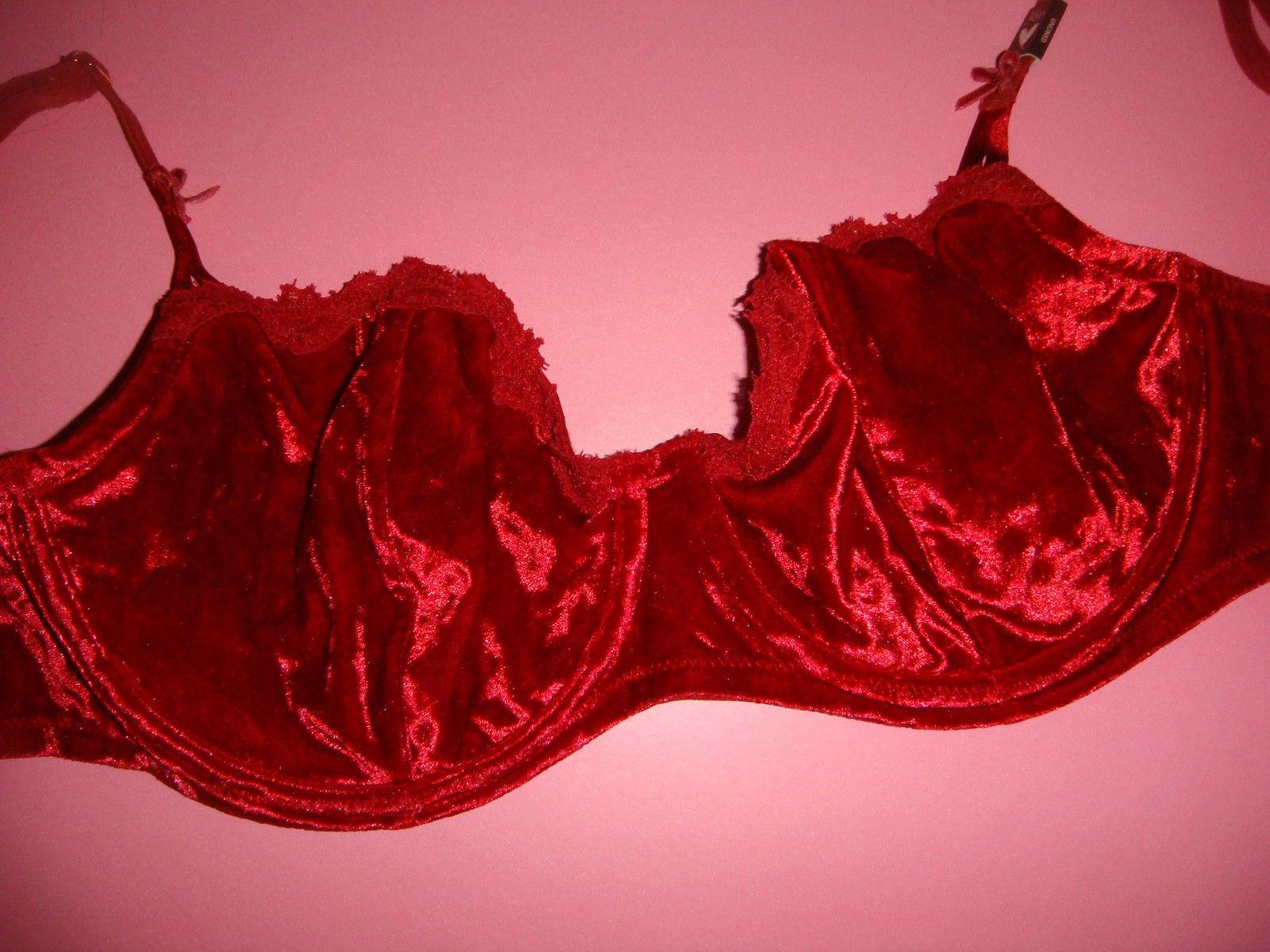 8e8e18938d NWT Victoria s Secret unlined 36D BRA SET L thong RED lace VELVET VELOUR  rare!