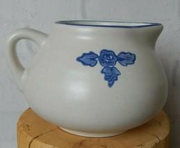Vintage Pfaltzgraff Yorktowne Gravy Sauce Boat Blue 414Y Pitcher Stoneware - $14.99