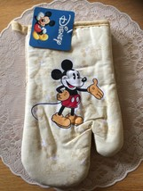 NIP/MICKEY MOUSE OVEN MITT/ONE//BEIGE - $15.00