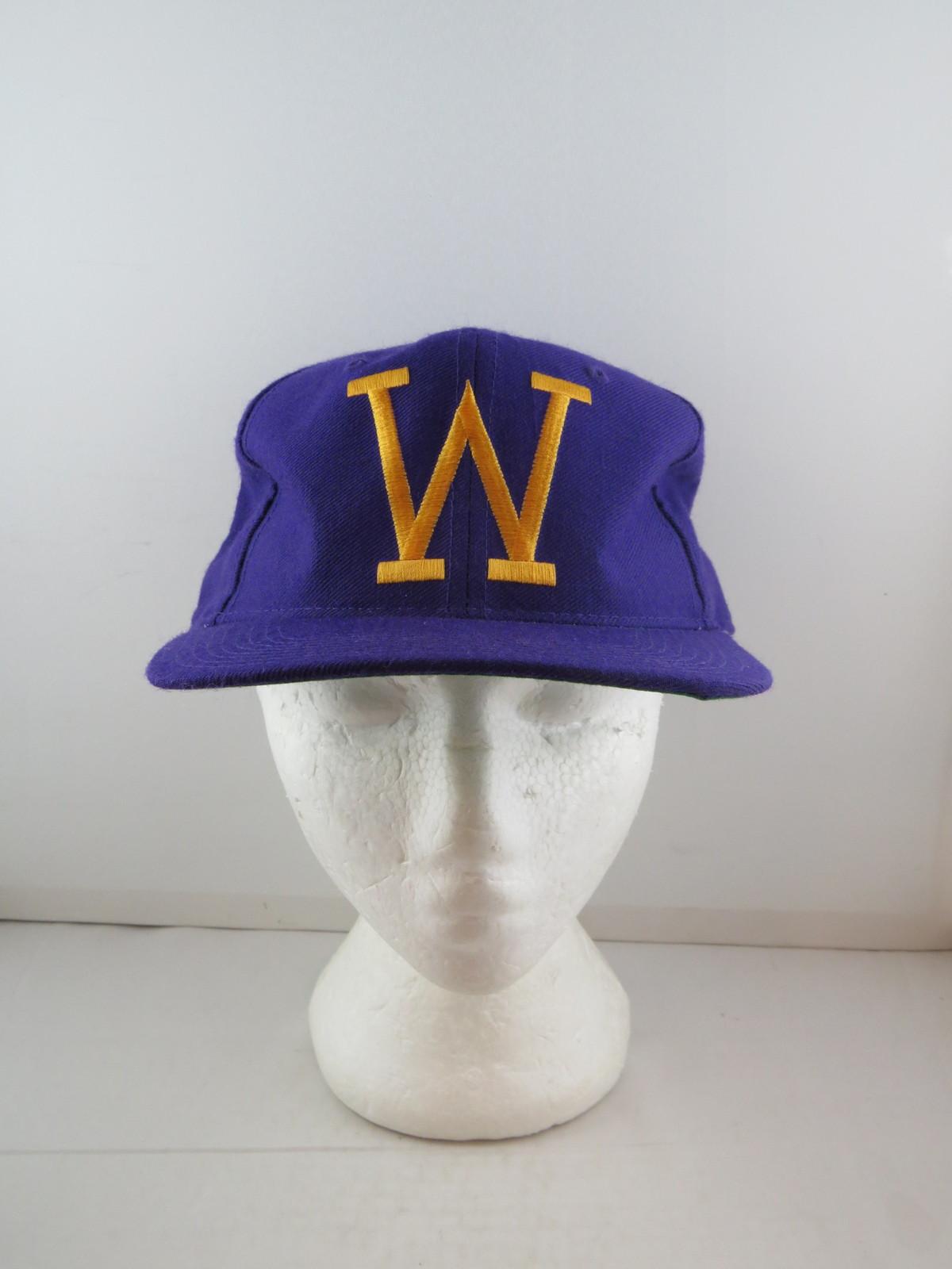 super popular c7ed0 05e06 Washington Huskies Hat (VTG) - New Era Pro and 50 similar items