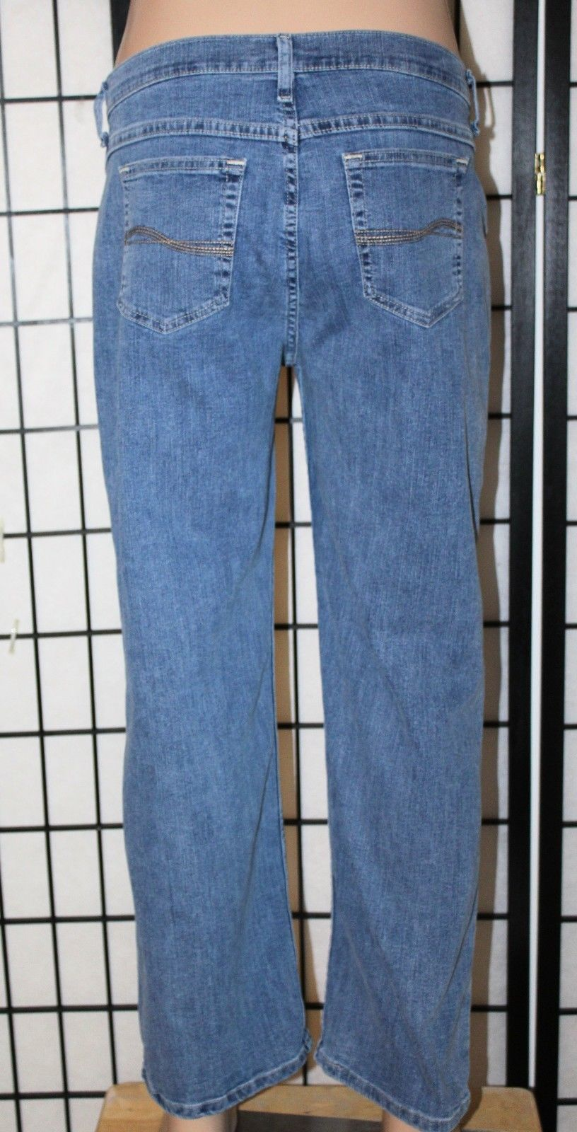 1e1acd56 S l1600. S l1600. Previous. LEE RIDERS Women's Size 16 P Petite Classic Fit  Straight Leg Jeans 29