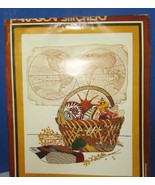 1982 paragon stitchery CREWEL EMBROIDERY KIT 0942 Sea treasures map NEW ... - $24.05