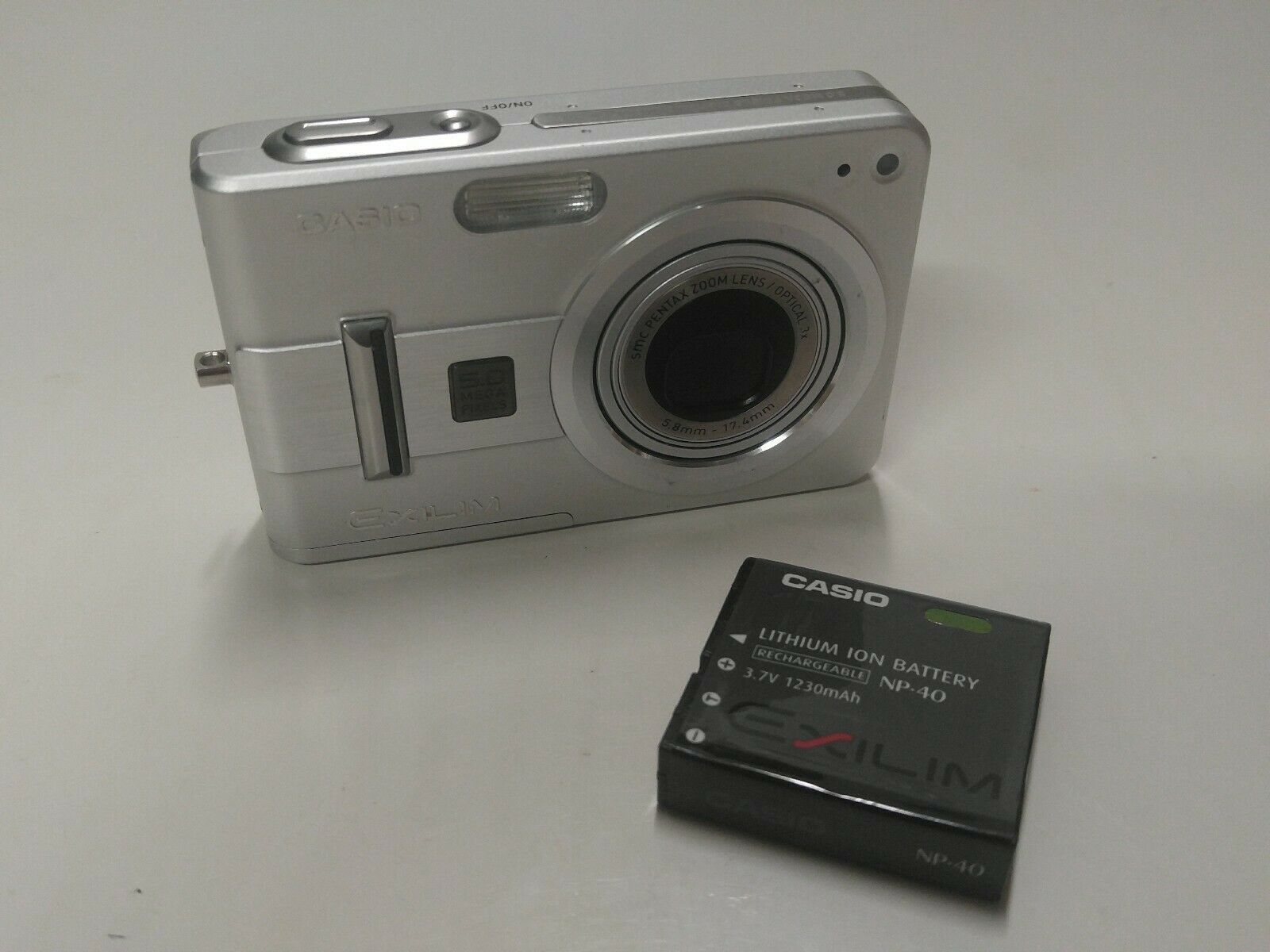 Primary image for Casio Exilim EX-Z57 5.0MP Digital Camera 3x Zoom Tested Working Free Shipping
