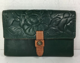 Patricia Nash Green Leather Flower Clutch Wallet – Distressed - $45.09 CAD