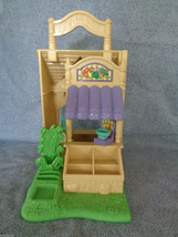 2004 Fisher Price Sweet Streets Fruit Vegetable Stand Market Opens for Play - $13.84