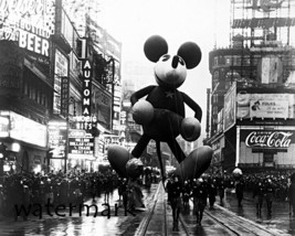 1934 Macy's Thanksgiving Parade Mickey Mouse Float Black & White  8 X 10... - $6.57