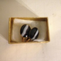 "Vintage Black White Oval Resin Gold Tone Metal Clip On Earrings .75"" - $12.82"