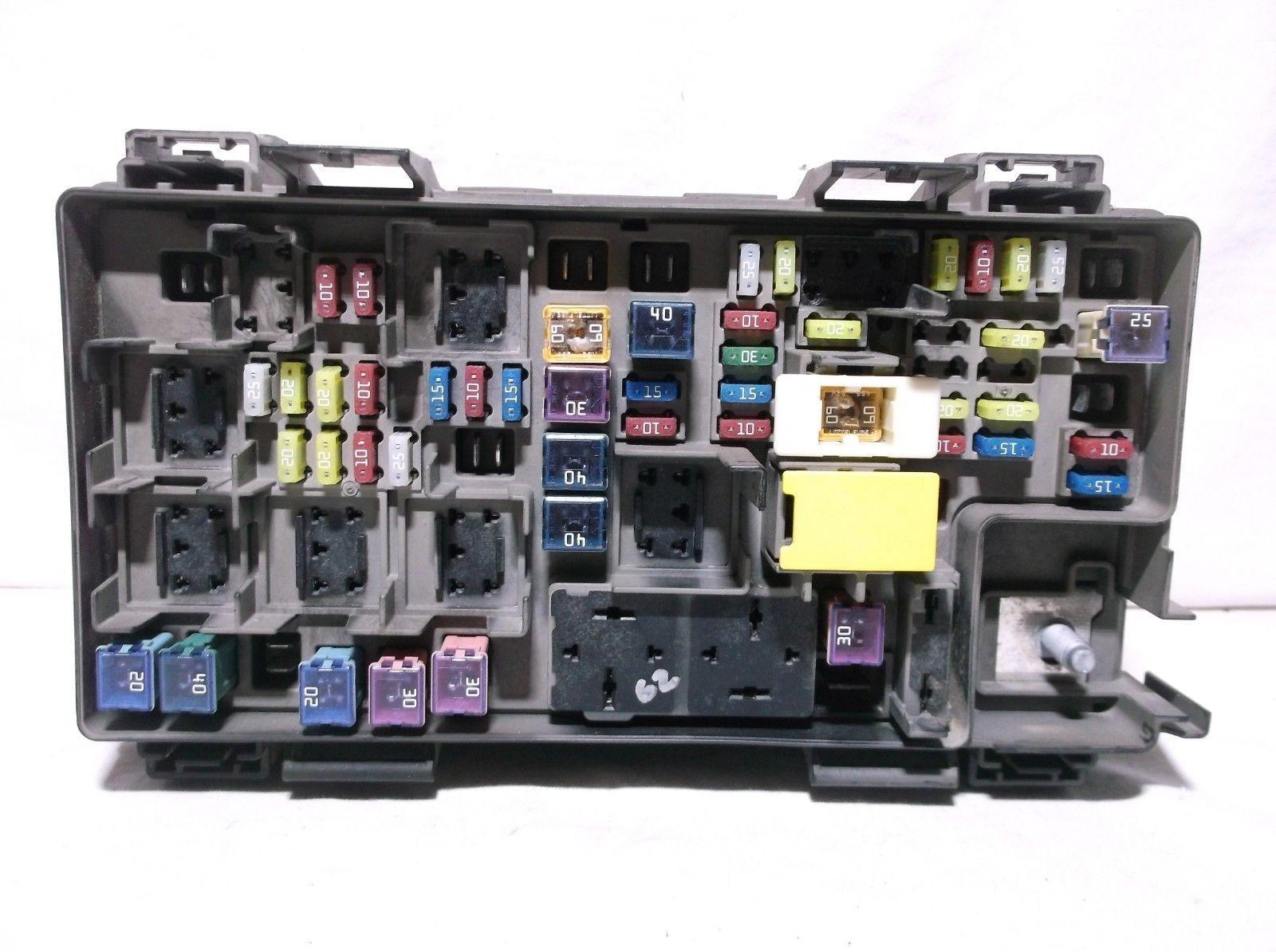 2014  14 Jeep Wrangler   Fuse   Relay   Box   Controls