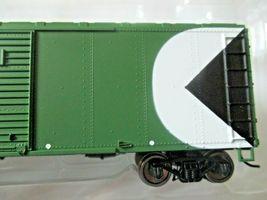 Bowser # 42427 CP Rail Newsprint 40' Boxcar  # CP 57067 HO Scale image 3