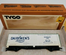 TYCO HO Scale Dairymen's League Reefer Car Forty Foot 329G - $23.33