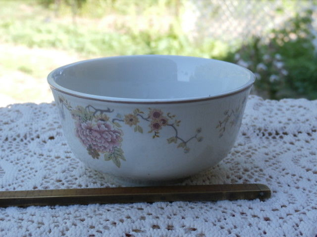 4 Royal Doulton Steelite Bowls Pink Flowers Hotelware made in England Free US SH