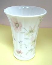 Mikasa Pastel Garden 4 3/4 Inch Vase In Great Shape Made in Japan  - $29.21