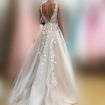 V Neck Floor Length Applique Open Back A Line Backless Bridal Gown image 3