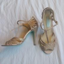 Betsey Johnson Blue SB-Tee Heel 7 Gold - $20.00
