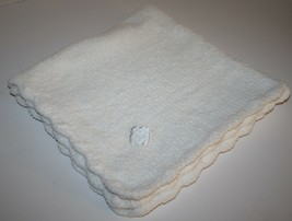 White Chenille Baby Blanket Soft Plush Angel Dear Scallop Edge 2005 Fun Bath - $41.43